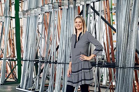 Tamara Baumeister, Vertrieb Halbzeuge